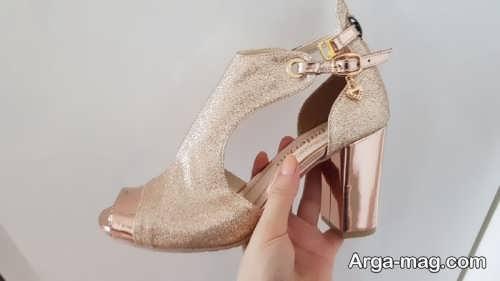 کفش زنانه طلایی