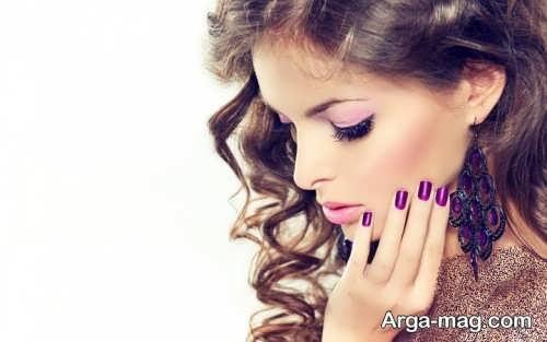 آرایش مجلسی با لباس بنفش