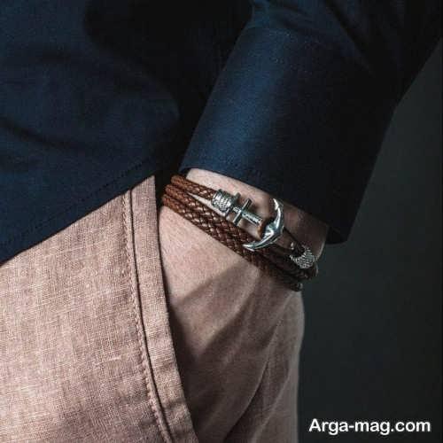 طرح دستبند چرم