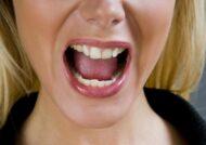 آشنایی با روش های رفع تلخی دهان