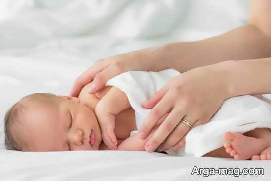 طرز صحیح خواباندن نوزاد