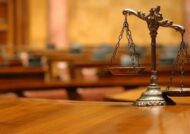 آشنایی با تفاوت دادگاه و دادسرا