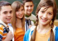 رفتار با نوجوان دختر در خانه