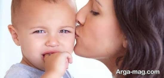 بررسی گریه های بی دلیل نوزاد