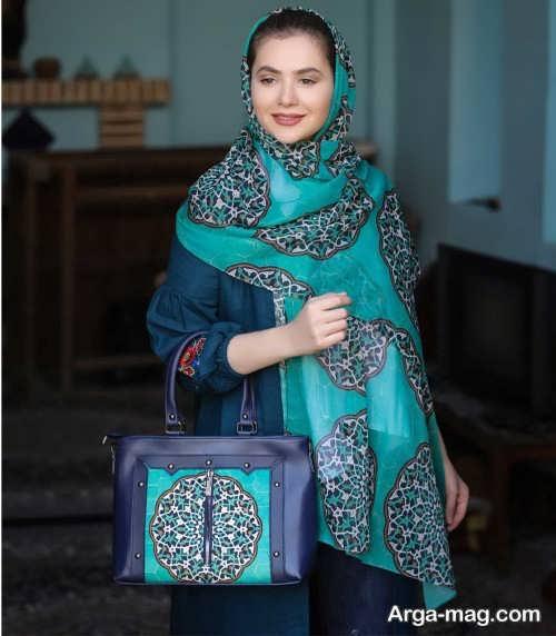 کیف و روسری طرح دار و سنتی
