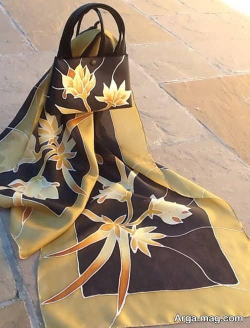 کیف و روسری گلدار