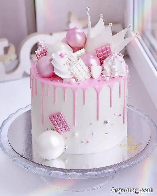 انواع الگوهای خلاقانه کیک تولد ۲۰۲۱