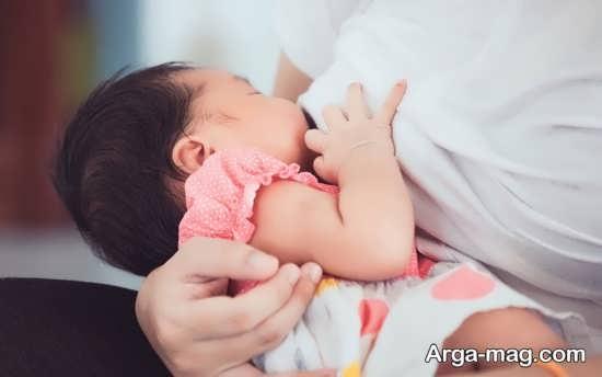دلیل تقاضای مکرر شیر خوردن نوزاد