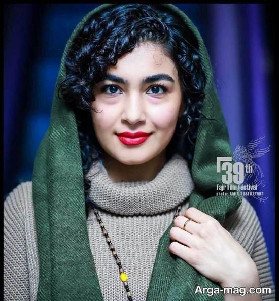 فرشته گلچین در مراسم سی و نهمین جشنواره فیلم فجر