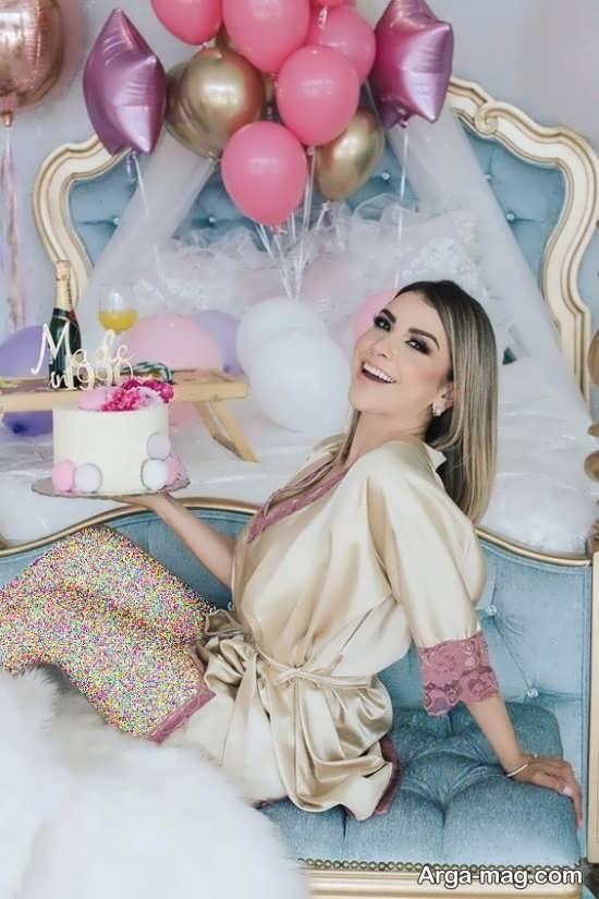 ژست های لاکچری دخترانه با کیک تولد