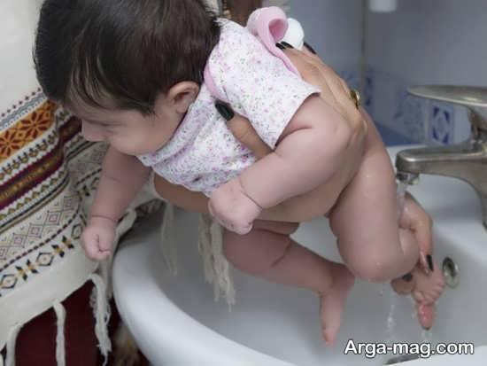 شیوه های درمان ادرار سوختگی نوزاد