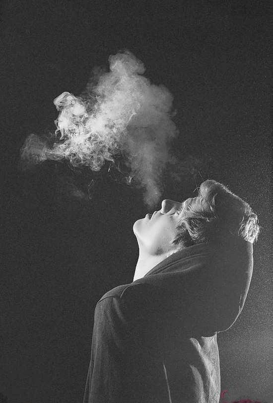 انواع متفاوت عکس پروفایل سیگار