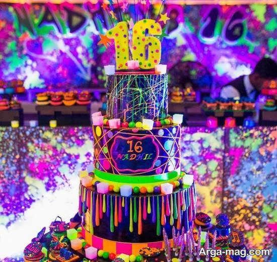 انواع نمونه های زیبا و شیک دیزاین کیک تولد نوجوان