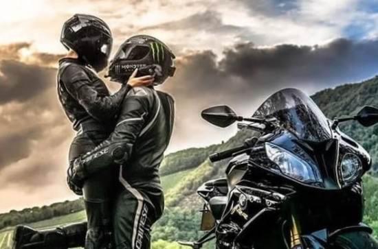 عکس پروفایل موتور سواری رمانتیک
