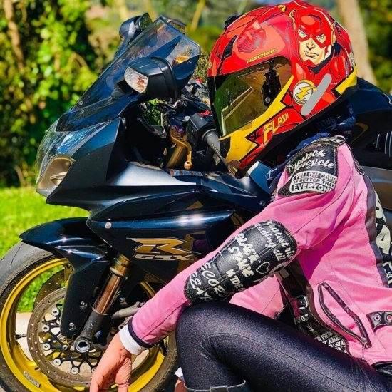 تصویر جذاب دخترانه موتور سواری