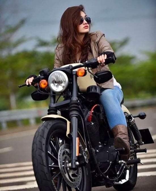 عکس پروفایل دخترانه با موتور