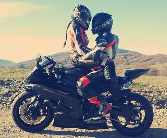 انواع عکس پروفایل عاشقانه و رمانتیک موتور سواری