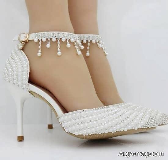 انتخاب و تهیه کفش عروس زیبا و منحصر به فرد