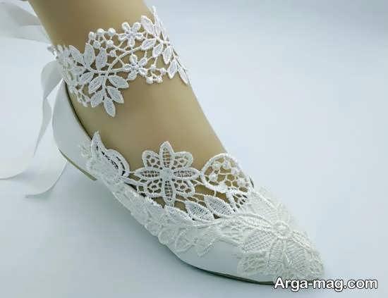 انتخاب و تهیه کفش عروس زیبا و لاکچری