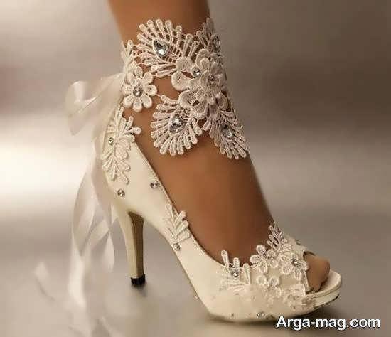 آشنایی با انواع مدل های کفش عروس و تهیه کفش عروس