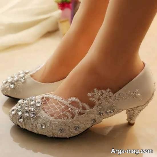 تهیه کفش عروس شیک و لاکچری