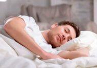 خندیدن در خواب