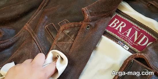طریقه صحیح شستشوی لباس چرمی