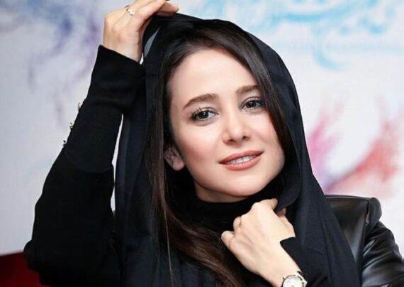 عکس جذاب الناز حبیبی در کافه