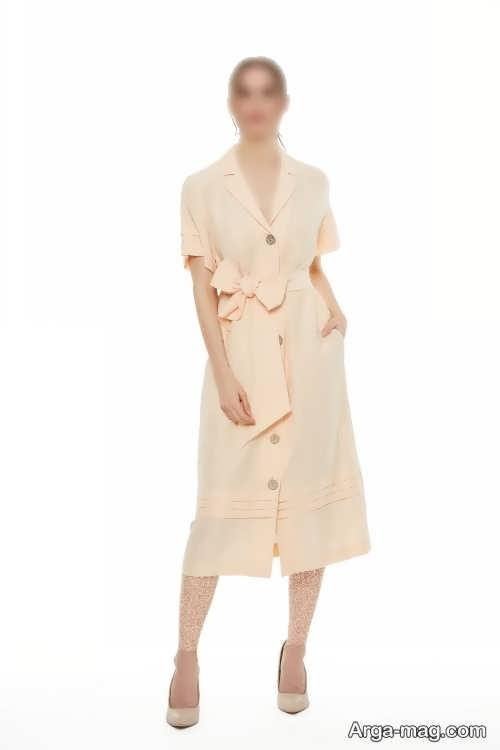 لباس رنگ روشن دکمه دار
