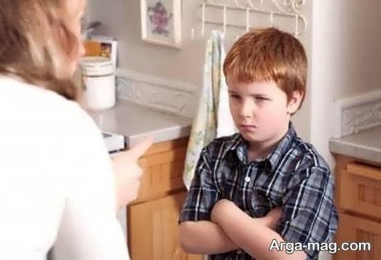 برخورد مناسب و رفتار با کودک خرابکار