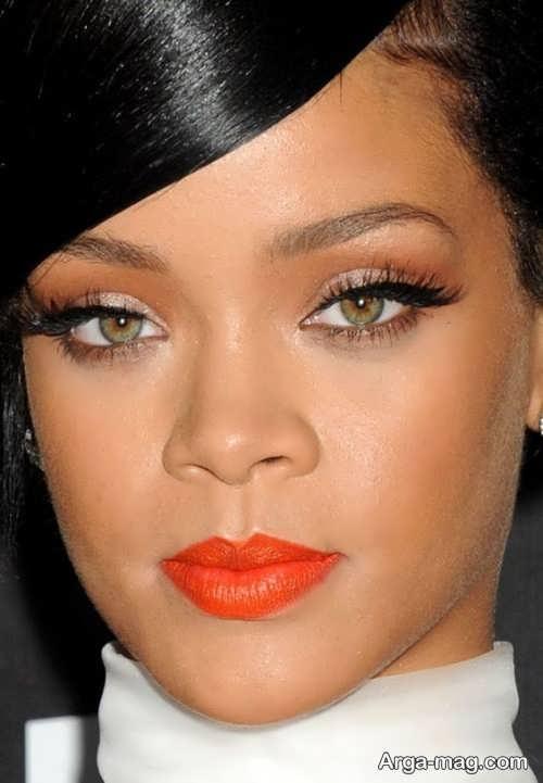 مدل آرایش با رژلب نارنجی