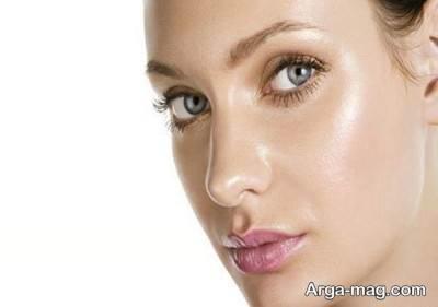 برای از بین بردن چربی پوست خود سعی کنید از وسایل آرایشی مناسب استفاده کنید.
