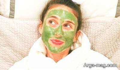 ماسک نعنا برای پیشگیری از ترشح بی رویه غدد چربی زیر پوست مناسب است.