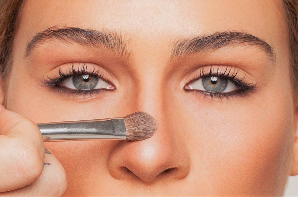 رفع قوز بینی با آرایش