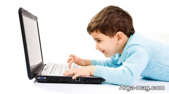 معایب شبکه های اجتماعی برای کودکان