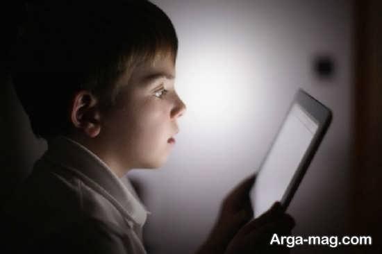 انواع خطرات اینترنت برای کودکان
