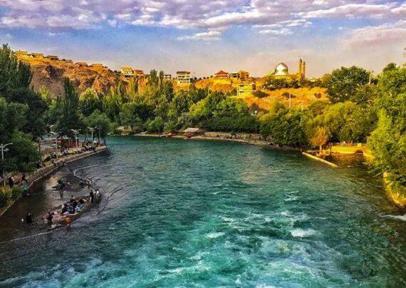 آشنایی با مکان های گردشگری سامان