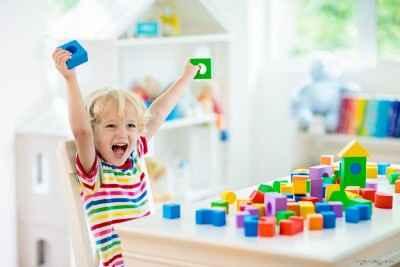 اسباب بازی برای کودک