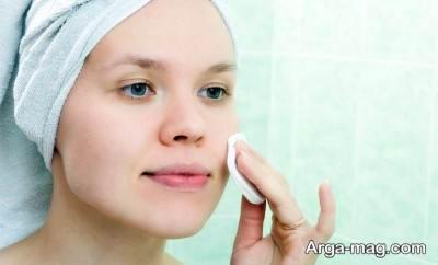 از اسکراب برای تمیز شدن پوست خود استفاده کنید.