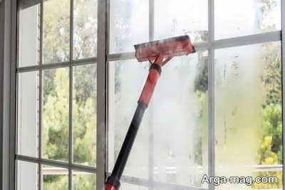 بخارشو در جهت تمیزی پنجره