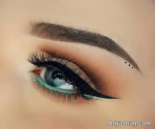 خط چشم زنانه
