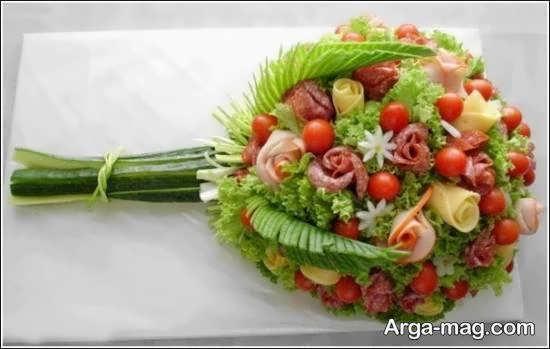 انواع نمونه های تزیین سالاد به شکل گل