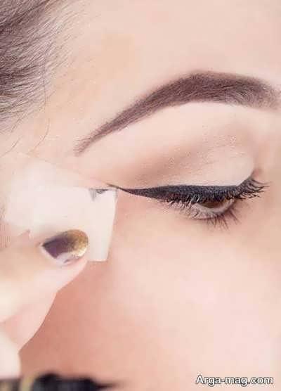 کشیدن خط چشم در چند مرحله ساده