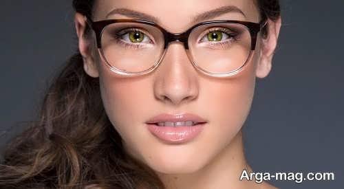 مدل میکاپ ساده برای خانم های عینکی