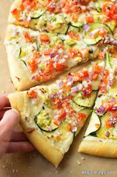 معرفی مراحل تهیه پیتزا بدون گوشت