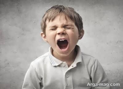 عصبی شدن بچه ها و علل مربوط به آن