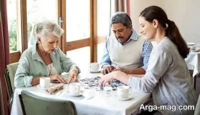 آشنایی با روش مراقبت از افراد آلزایمری