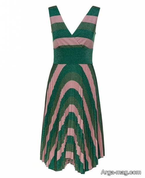 لباس رنگی چین دار