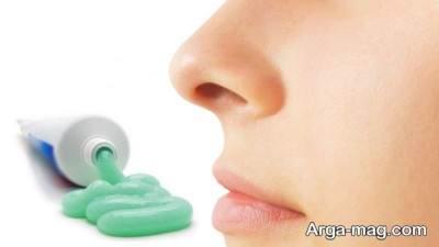 عشل و خمیر دندان راهی برای پاکسازی جوش ها