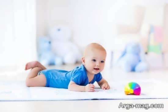 نحوه مراقبت از کودک در هنگام غلت زدن